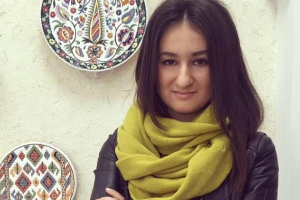 Эльмаз Абдувелиева