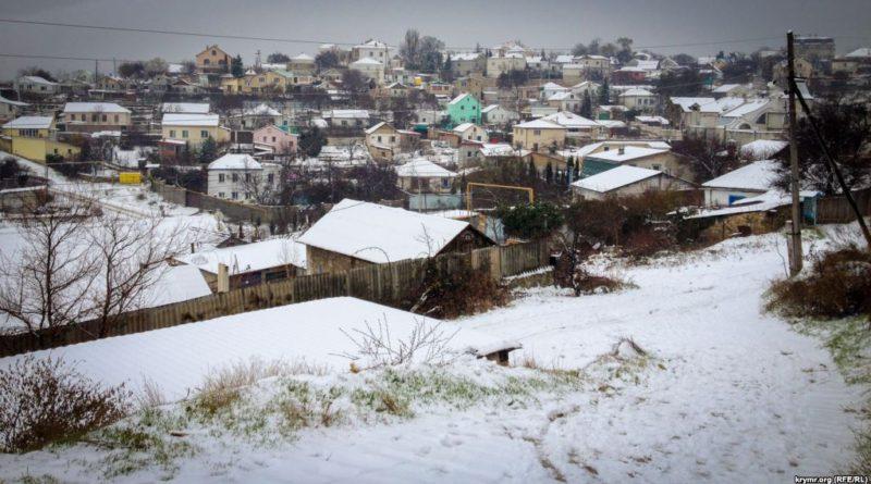 крым зима деревня