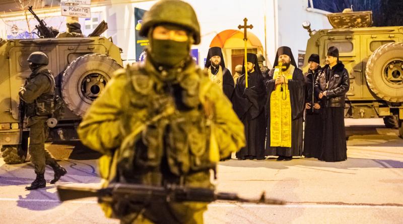 Как российские священники помогали захватывать Крым