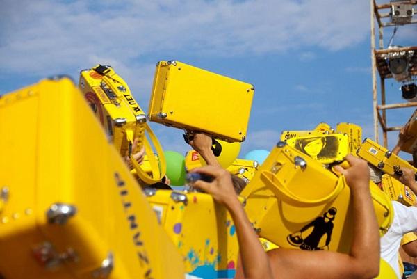 YellowSuitcases